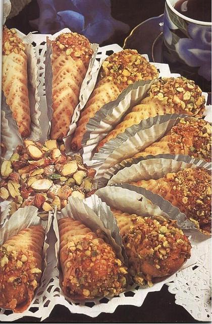 وصفات لحلويات جزائرية......رائعة أرجو الثتبيت