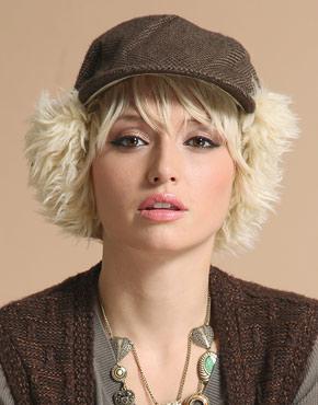 تشكيلة قبعات جميله جدا يا صبايا ادخلوو وشوف الذووق واختارو كل صبيه قبعه