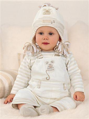 ملابس أطفال 2009