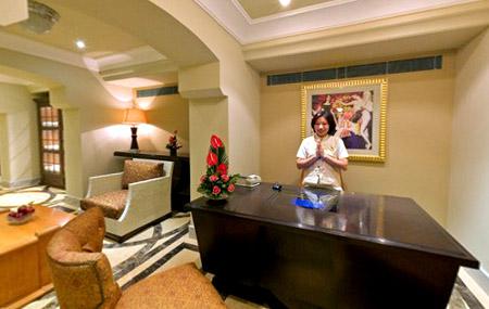 فندق بالهند استغرق بناؤه 11 سنه !!