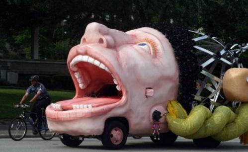 سيارات تفطس من الضحك