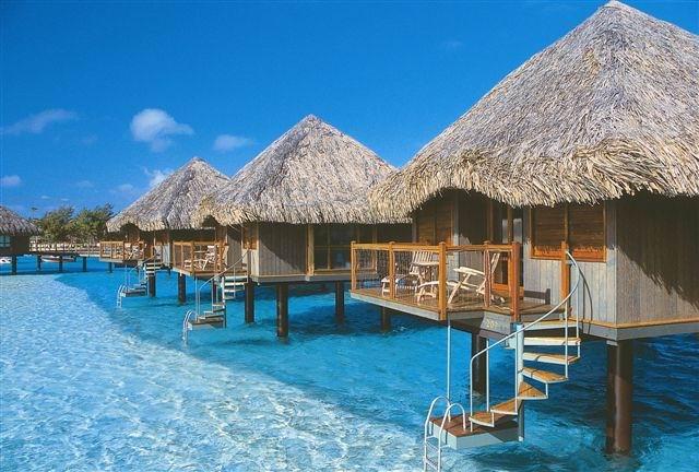 جزيرة بورا بورا في بولينيزيا الفرنسيه