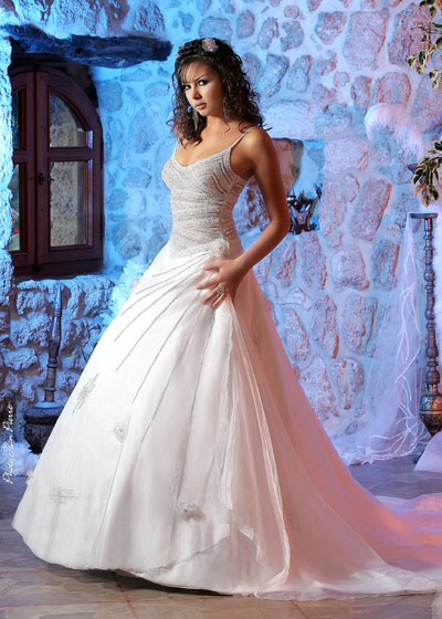 b3709ddef فساتين عروس راقية - منتديات عبير