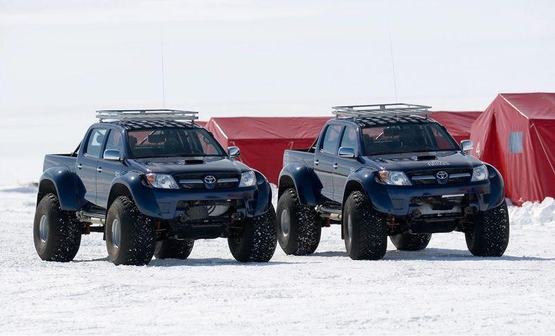 صور لكشته في القطب الشمالي المتجمد ..~