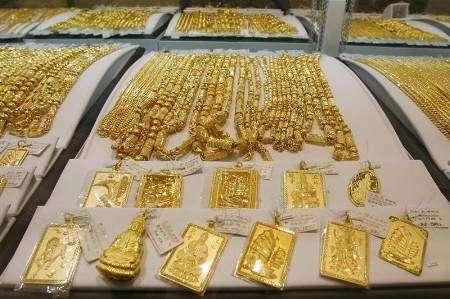 الموضة و الأناقة و بعض المعلومات عن ارتفاع اسعار الذهب