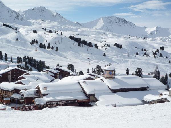 سحر الشتاء والثلج في مدينة لا بلاني