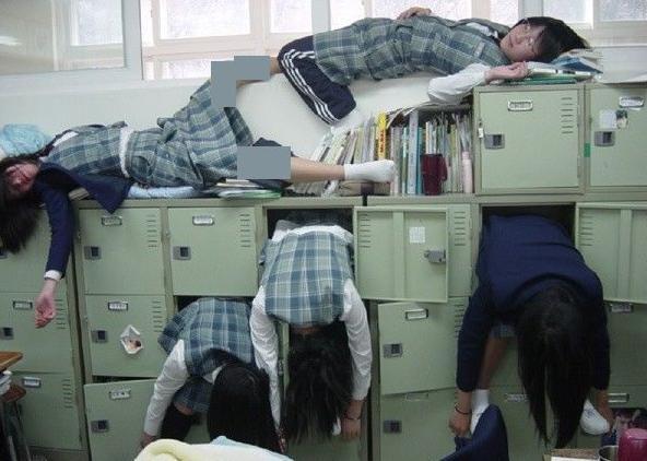صور للبنات بعد الاختبارات