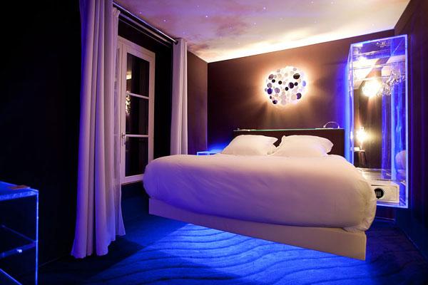 ديكورات غرف نوم رومنسية - شدني الشوق يمك ياعساك بألف خير