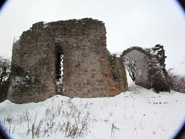 رحلتنا الجميلة إلى جبل ( قلعة ) النساء في 25 يناير 2011