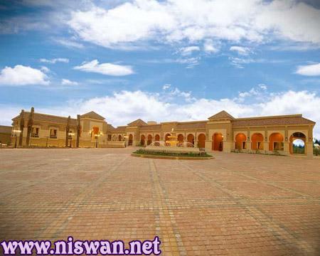 الفخامة تتحدث : قصر الامير خالد الفيصل بالرياض !!