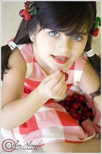 صور الطفلة ريم العمادي