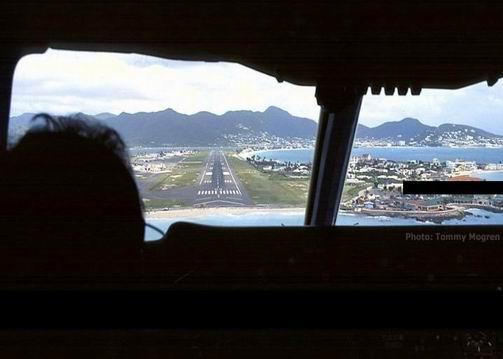 اخطر مطار في العالم لايفوتكم تحفه