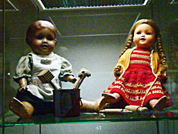 زيارة متحف لعب الأطفال في قرية ماسن هاوزن يوم 2 سبتمبر 2012