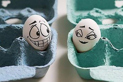 فن الرسم على البيض