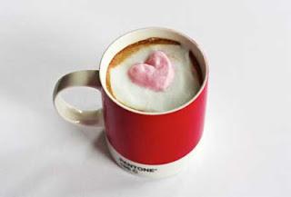 رغوة ثلاثية الابعاد لفنجان قهوة