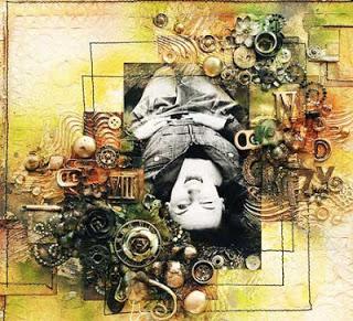 تصميم لوحات فنية من قطع غيار الكمبيوتر