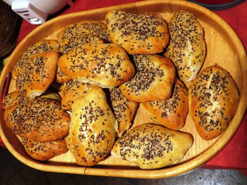 خبز الصمون اللذيذ مع اليانسون لهذا اليوم 7 سبتمبر 2013