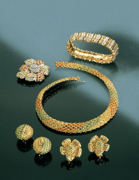 مجوهرات من داماس ولازوردي...
