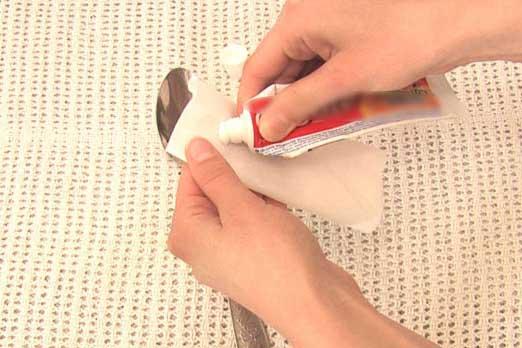 أسهل ثلاث طرق لتنظيف الفضيات