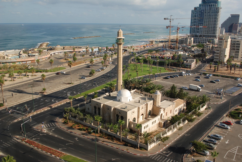 مسجد حسن بيك في مدينه يافا في فلسطين