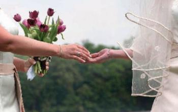 """تأخر سن الزواج """"العنوسة"""" ..أسبابها وعلاجها"""