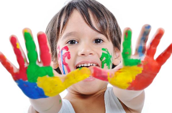 صور اطفال بالوان رائعة
