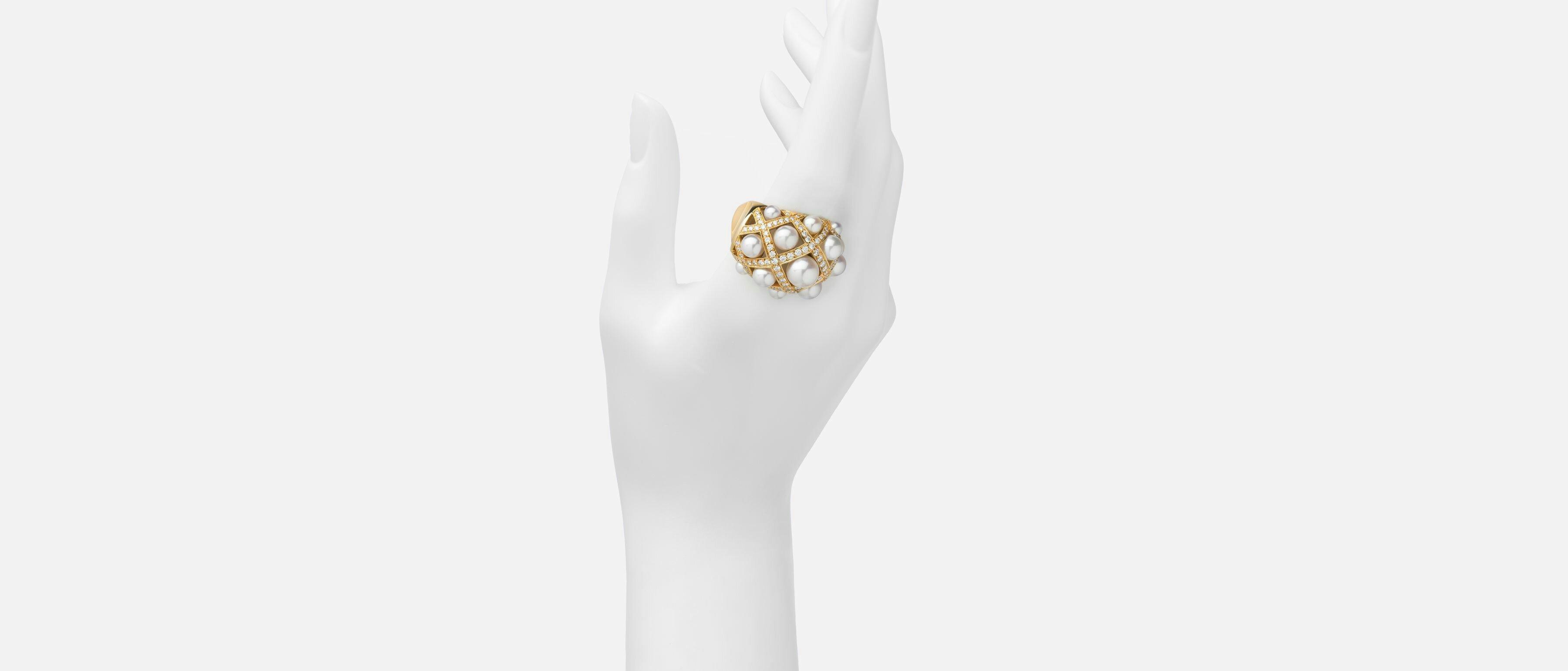 مجوهرات من شانيل Chanel (تجميعي)