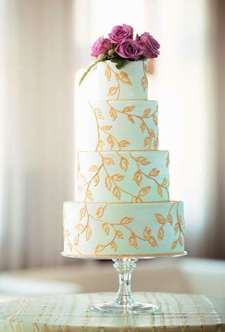 25 صورة لكعكة زفافك هذا الصيف