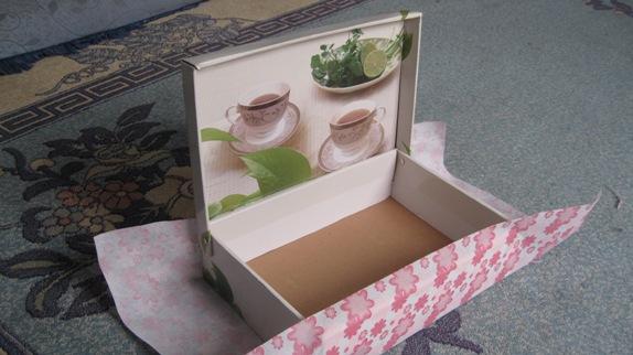 من علبة فناجين شاي الى علبة ربطات شعر