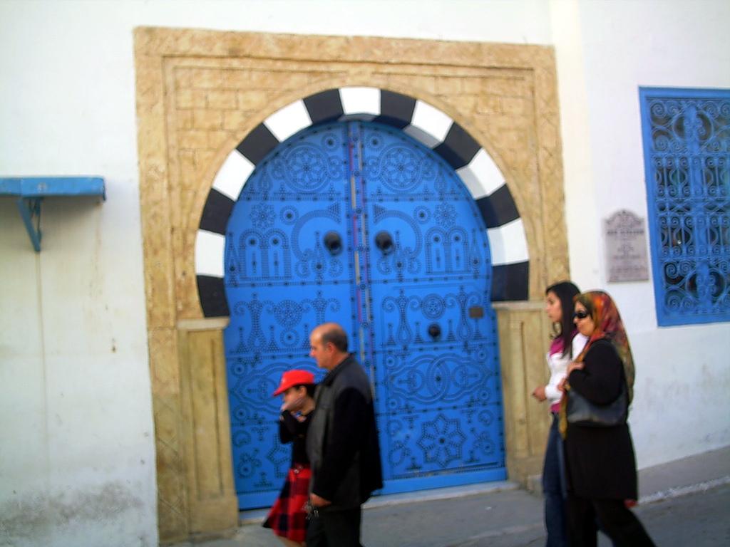 جوله في  تونس  الخضراء