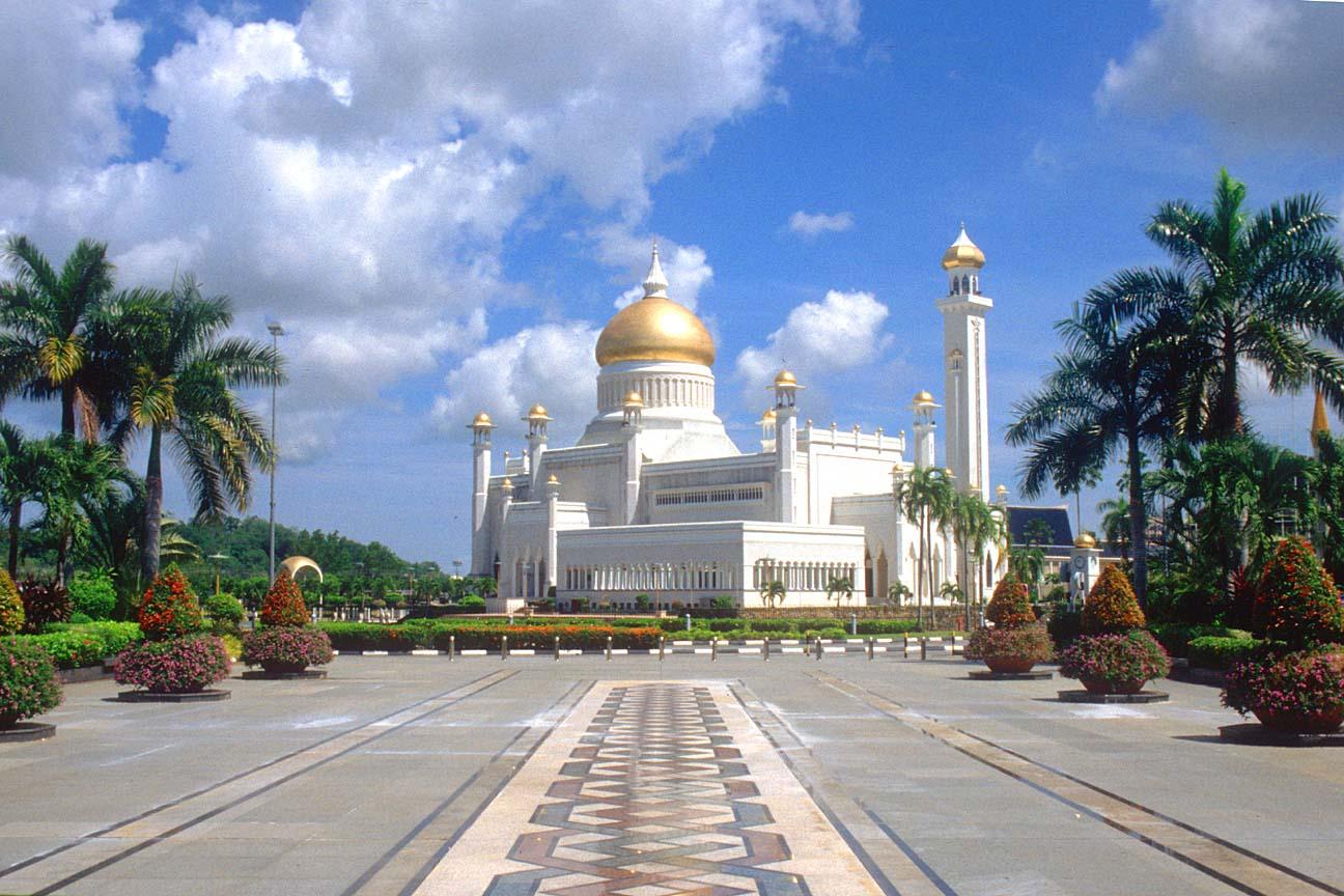 مسجد مصنوع من الذهب